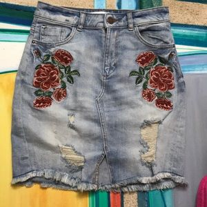 Rose 🌹 Embellished Zara Denim Skirt